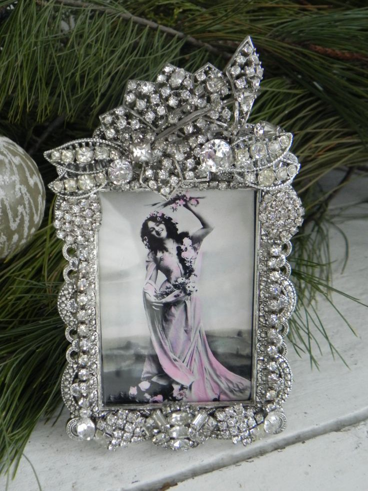 Vintage Jeweled Clear Deco Rhinestone Photo Picture Frame