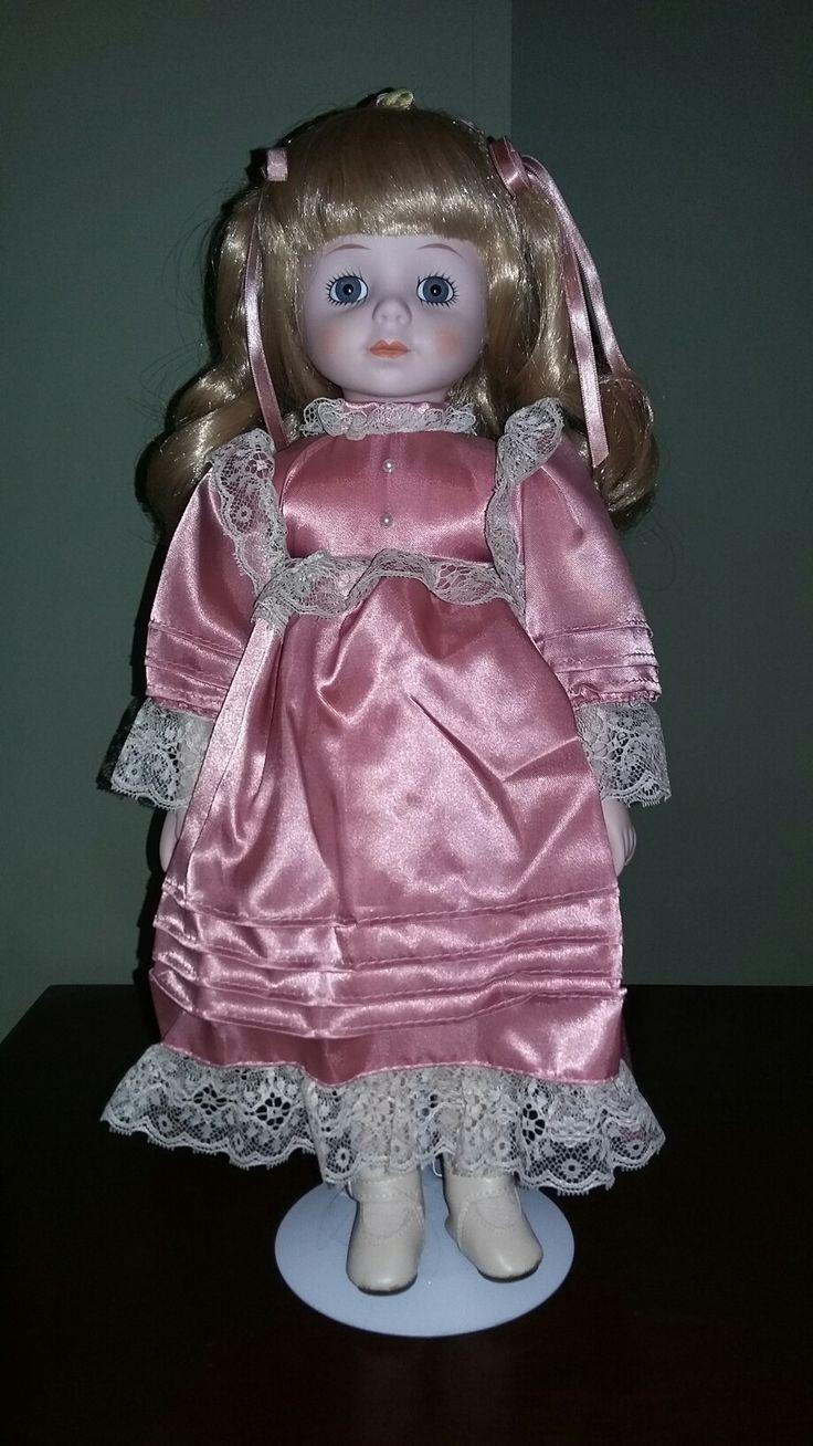 Muñeca de porcelana bisque