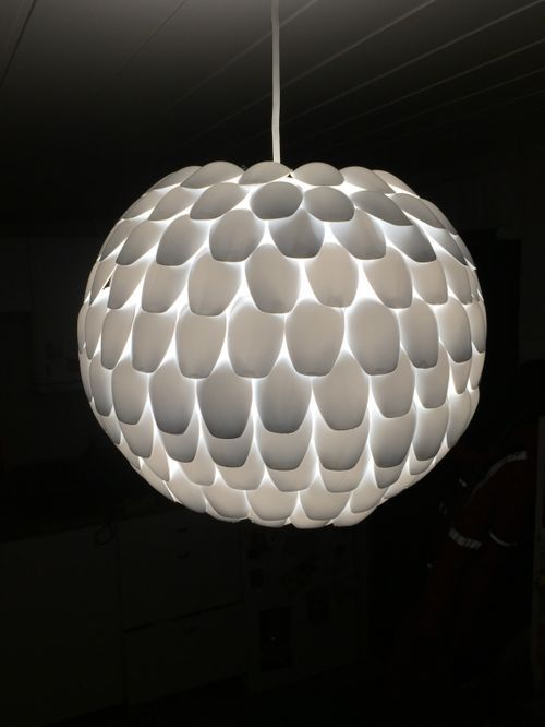1000 ideas about spoon lamp on pinterest plastic spoon for Plastic spoon lamp video