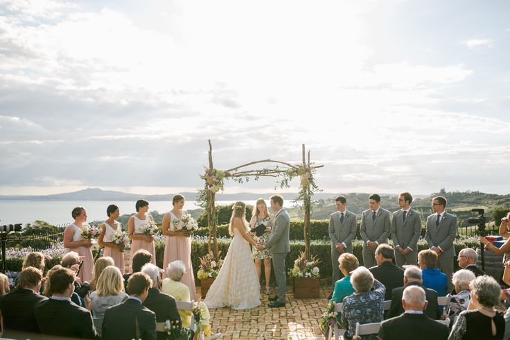 ViCTOR | Real Wedding | Style ESTHER Skirt + MANDY Top