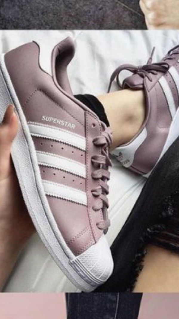buy online 6e39e 4d078 There is 1 tip to buy shoes, adidas. New York Fashion, Milan Fashion