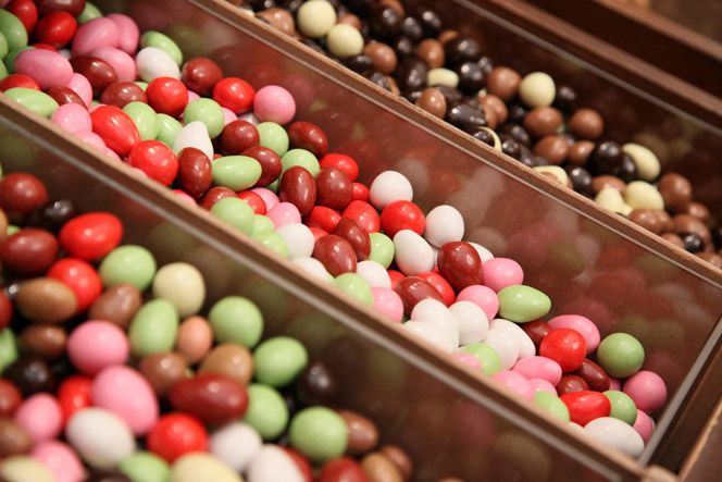 The confetti (or Jordan almonds) made in Andria, Apulia. www.italianways.com/the-giovanni-mucci-confetti-museum-in-andria/  #italy #italianflavors #madeinitaly #italianways