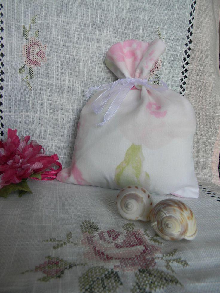 Sacchetti in organza per dolci o bomboniere, by creazioniFlo, 4,50 € su misshobby.com