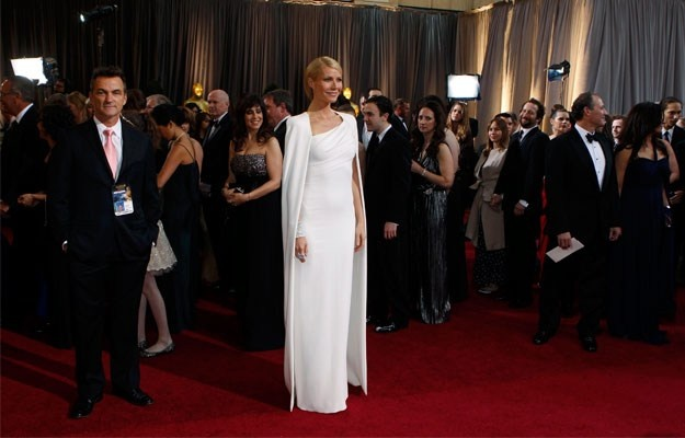 Who wear what on 2012 Oscars?