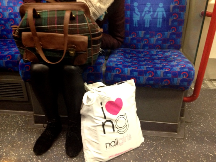 I spy a nailgirls on the underground! #nailgirlsabouttown