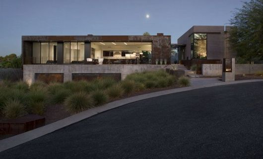 Fantastic, rough and luxurious Yerger Residence