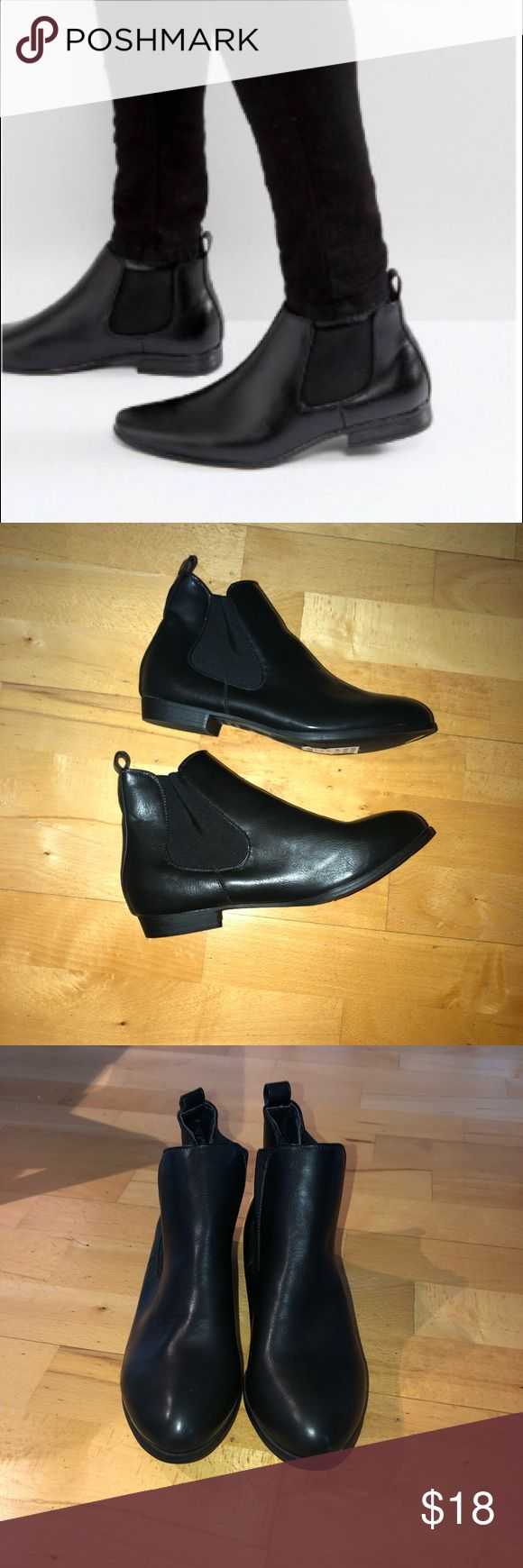 NWOB New Look Chelsea Boots Boots by New Look, Faux-leather upper, Elasticated inserts, Round toe, Pull tab in back. Never been work with stickers on! Says Size UK 8, EU 42 but I think based on fit it is a 10/11. New Look Shoes Ankle Boots & Booties