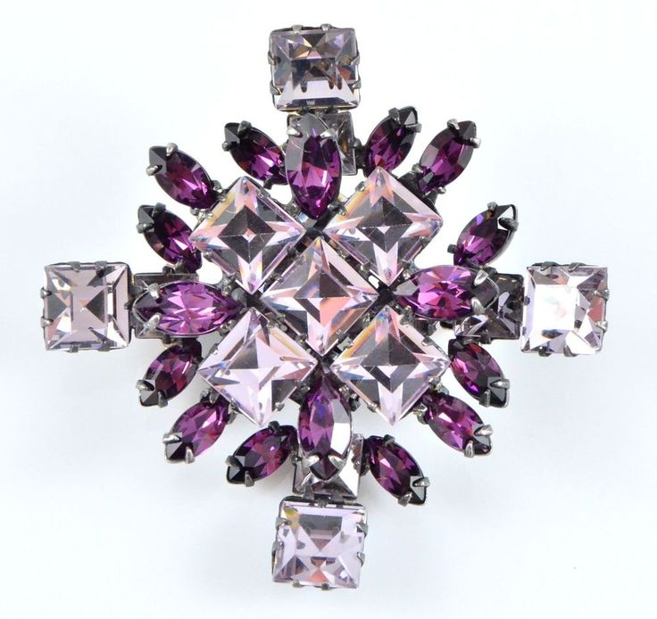 Vintage Brooch SCHREINER 1960s Lilac Princess Cut Purple Retro Bridal Jewellery #HenrySchreinerNewYork