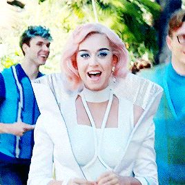 So comfortable, we're living in a bubble, bubble... | I ❤ Katy Perry