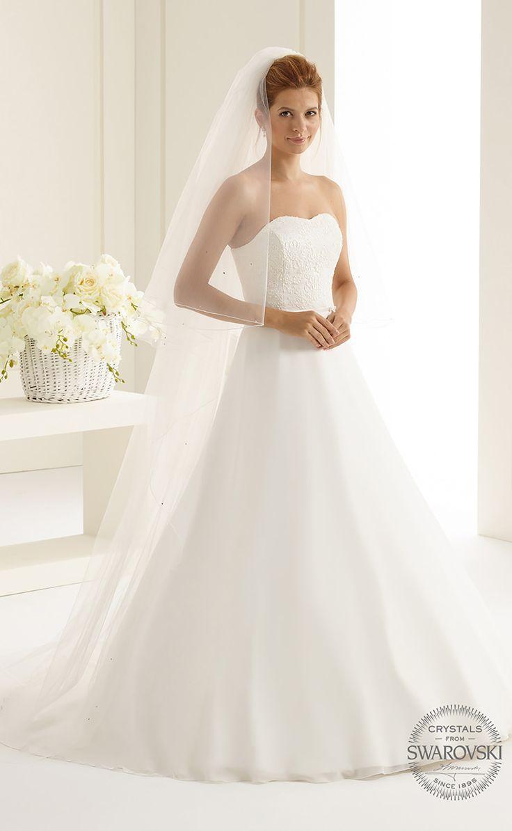 Veil S126 from Bianco Evento #biancoevento #veil #swarovski #weddingdress #weddingideas #bridetobe