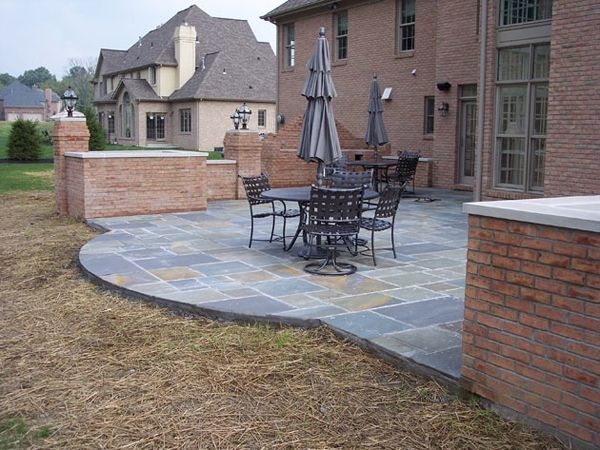 Today we are showcasing 15 amazing patio design ideas. Enjoy and don't forget to share this collection in your circle.