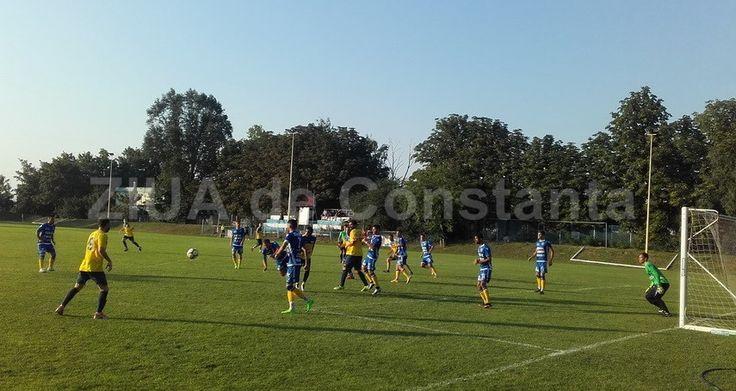 Echipa de fotbal SSC Farul Constanta, nou-promovata in Liga a 3-a, a plecat ieri intr-un cantonament la Campina, care se va intinde pana pe 16 august. In acest interval, formatia constanteana vrea sa ...