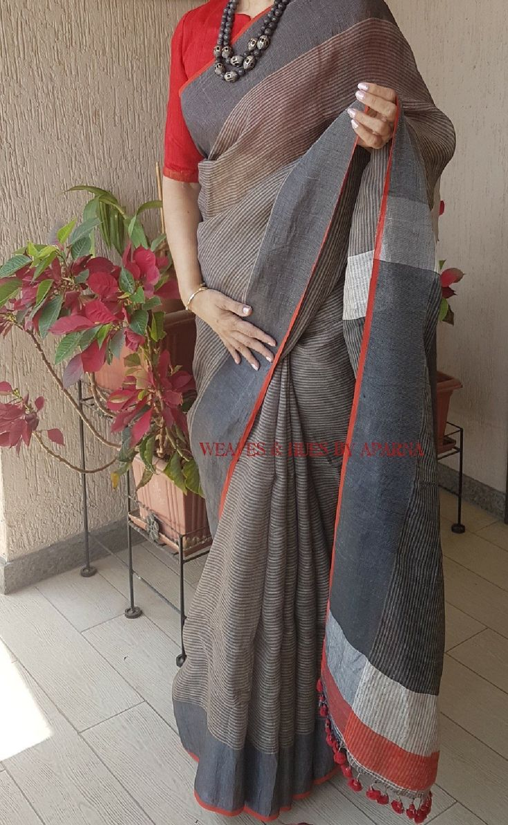 #linen #saree Available on Facebook page-weaves & hues by aparna  Whatsapp no-09673991965