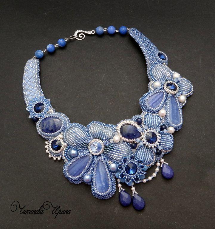"""Купить Колье """"Silver flowers"""" - голубой, колье, цветы, вышитые цветы, Вышивка бисером"""