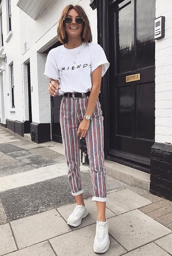 Look vintage com jeans listrado tendências da moda primavera   – Mode Outfits elegant