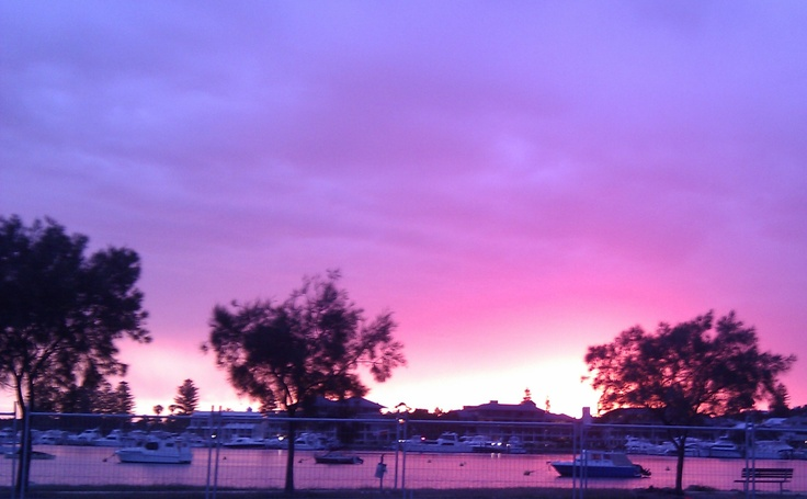 Sunset yesterday out to Fremantle: Taken by our booking agent Myra :)