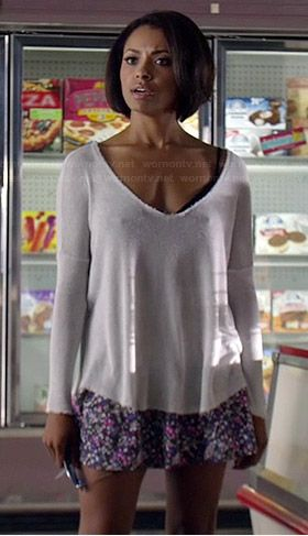 Bonnie's white sweater and floral skirt on The Vampire Diaries.  Outfit Details: http://wornontv.net/38545/ #TheVampireDiaries
