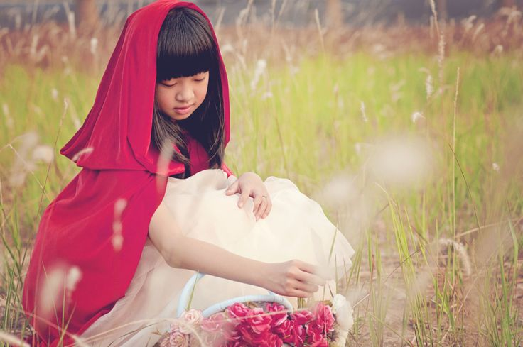 Red riding hood photo shoot ideas