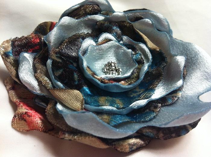 Jacamali Bloom - Vintage velvet - by JacamaliBlooms on madeit