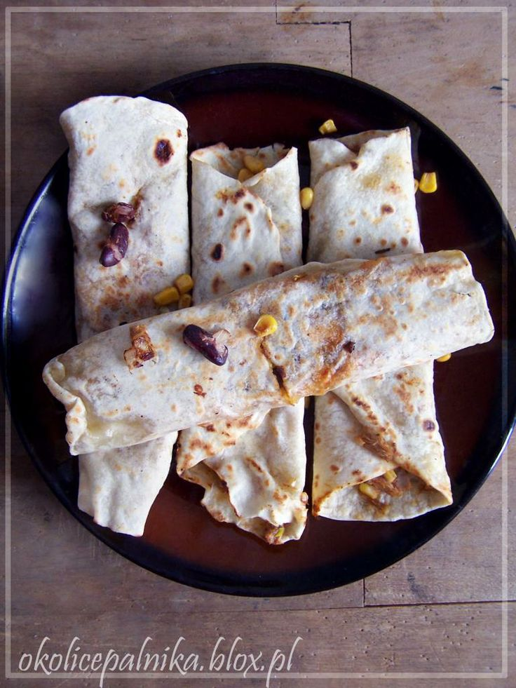Tortille z grillowanym kurczakiem http://okolicepalnika.blox.pl/2014/01/Tortille-z-grillowanym-kurczakiem-domowe-od-A-do-Z.html