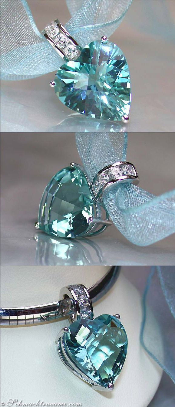 Grand Aquamarine Diamond Heart Pendant, WG-18K --- 1 Aquamarine, heart shape, 12,10 cts. - 4 Diamonds, round cut, 0,40 cts. G-VSI -- Price at the jeweller's: 5.600,00€ - Our price: 4.830,00€ --- Find out: schmucktraeume.com -- Visit us on FB: https://www.facebook.com/pages/Noble-Juwelen/150871984924926 -- Any questions? Contact us: info@schmucktraeume.com -- We also ship from the US.