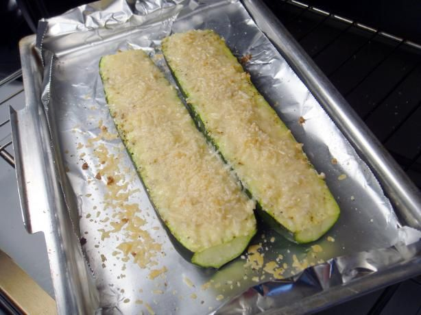 Baked Zucchini With Parmesan. Photo by Lori MamaZucchini Recipe, Baked Zucchini, Baking Zucchini, Parmesan Recipe, Food, Parmesan Zucchini, Ivillage Com, Baking Parmesan, Easy Recipes