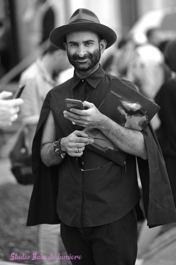 #streetstyle paris #photoshoot by #baindelumiere à la sortie du défilé Paul Smith fashion week prêt à porter homme.#offduty #streetstyle #PFW#fashionweek