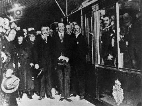 Inauguración del Metro de Madrid, línea 1 entre Sol y Cuatro Caminos. 19 de Octubre de 1919. Alfonso XIII.