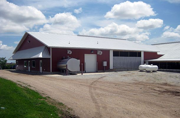 29 best images about dairy barns on pinterest charlotte for Dairy barn plans