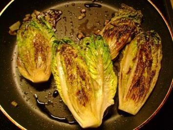 Salat: Heiße Romana Salatherzen - Rezept