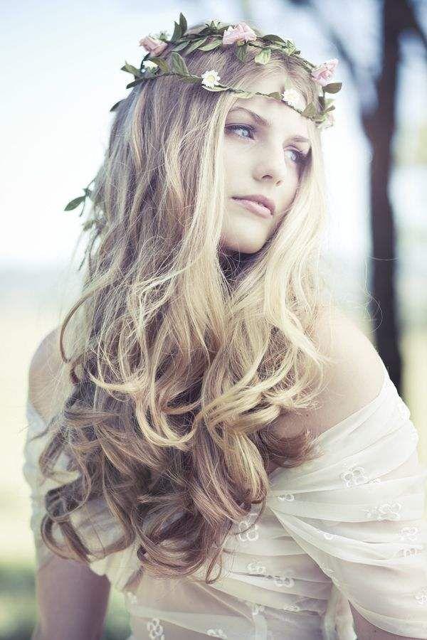 Wedding Hairstyle idea; Lifestyles Wedding Photography
