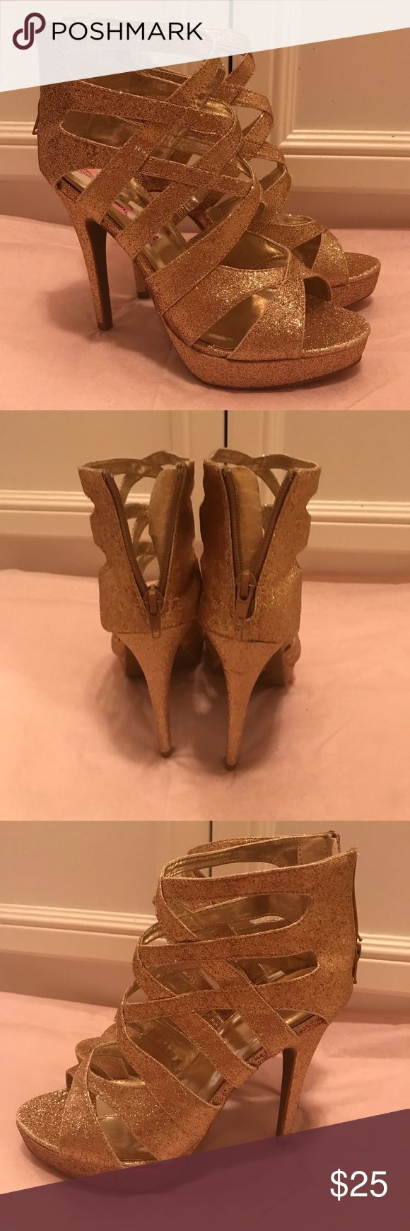 Charlotte Russe Heels Gorgeous gold glittery heels. Great for a night out. Charlotte Russe Shoes Heels