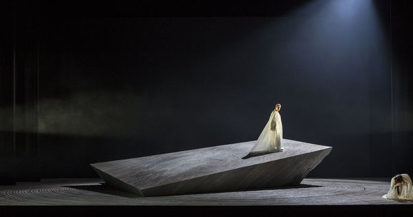 Madama Butterfly. - Madama Butterfly. --- #Theaterkompass #Theater #Theatre…