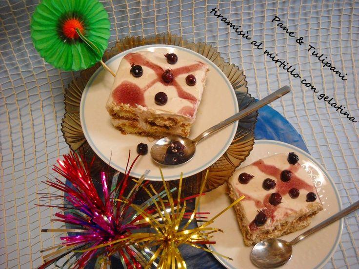 TIRAMISU' AL MIRTILLO CON GELATINA http://blog.cookaround.com/vincenzina52/tiramisu-al-mirtillo-con-gelatina/ realizzazione tutta #homemade.