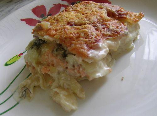 запеканка из картофеля и лосося