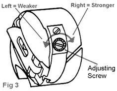 Ajuste de tensión de hilo en máquina de coser.