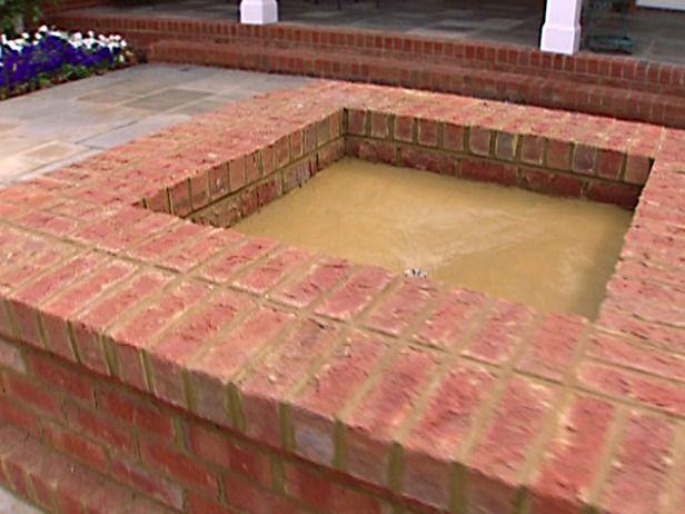 Best 25 brick fire pits ideas on pinterest for Brick fire pit construction