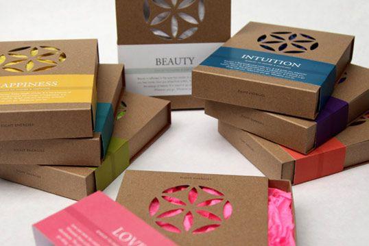 Jewelry packaging by Estudio Rumba