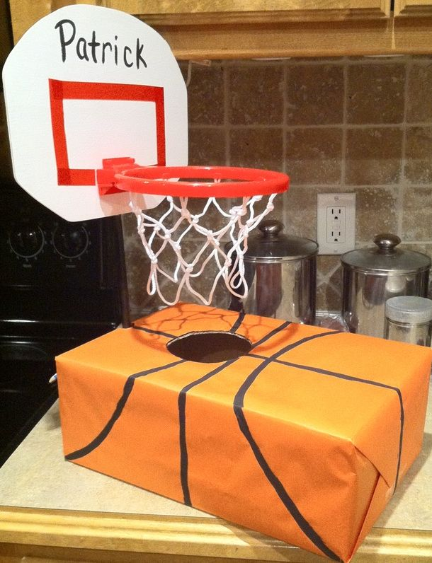 Valentine Baskeball Card Holder - totally doing this for Tyler's this year!