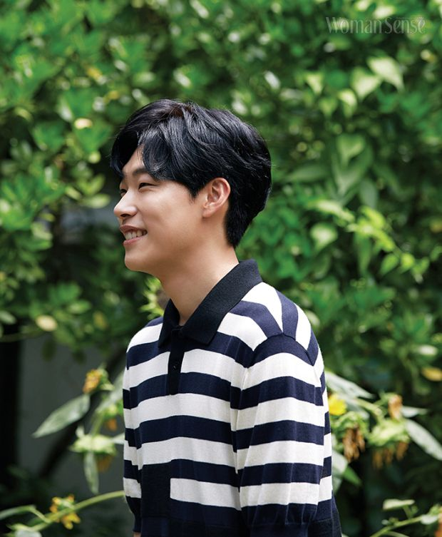 """KDrama """"Lucky Romance"""" star Ryu Jun Yeol is keeping himself busy not only with his upcoming films """"The King"""", """"Taxi Driver"""" and """"Silent Witness"""" but …"""