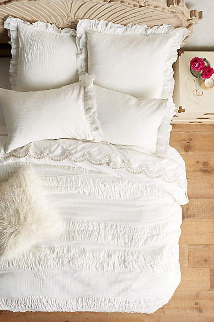 gorgeous white duvet.