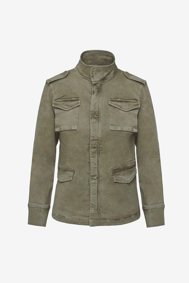 Pocket detailsEpaulettes on shouldersMade Turkey97% Cotton 3% Lycra