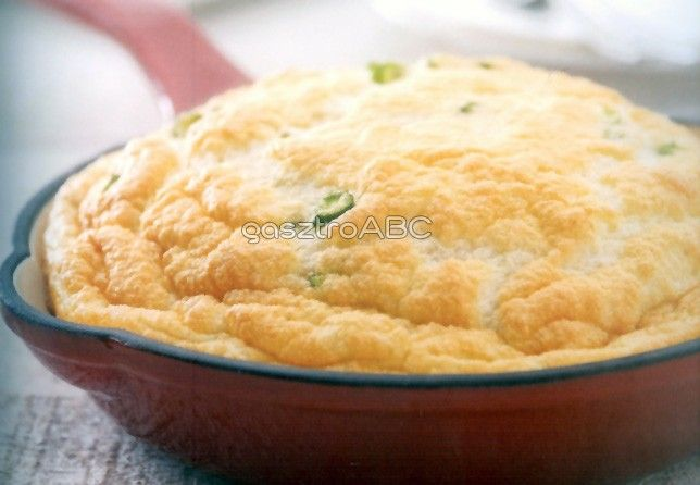 Spárgás-sajtos omlett | Receptek