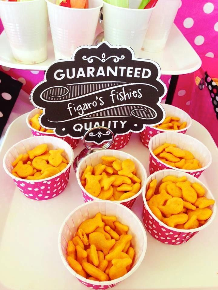 Pink Minnie Mouse Birthday Party, gold fish cups, party food igoYOUgo | A Lifestyle Blog For The Jane Of All Trades