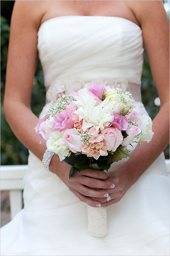soft pink and white pastel bouquet perfect for every beautiful bride