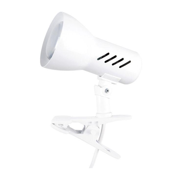 Lampe à pince blanche composée d'une structure en métal, d'un abat-jour orientable et d'une pince en plastique à sa base, permettant de la fixer sur un support.La collection Clamspot décline l'in...