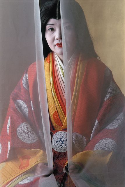 twelve-layered-kimono