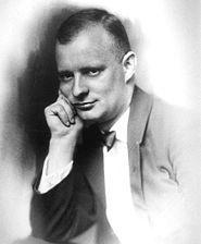 Paul Hindemith 28 yaşında-Paul Hindemith (d. 16 Kasım,1895 Hanau, Almanya – ö. 28 Aralık,1963 Frankfurt am Main) bir Alman besteci, kemancı, viyola çalıcısı, eğitimci, müzik teoricisi ve orkestra şefidir.