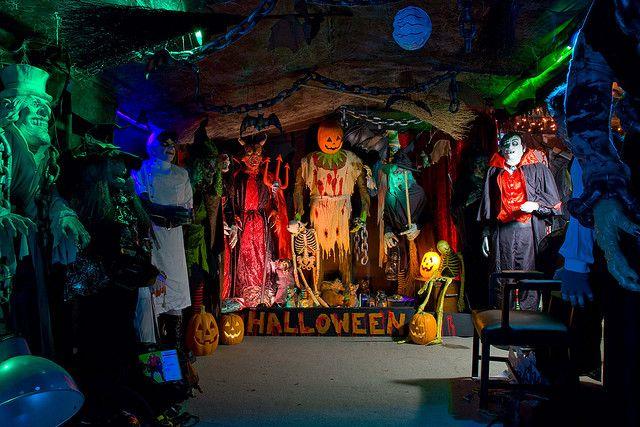 16 best Garage/workshop images on Pinterest Garage workshop - halloween garage ideas