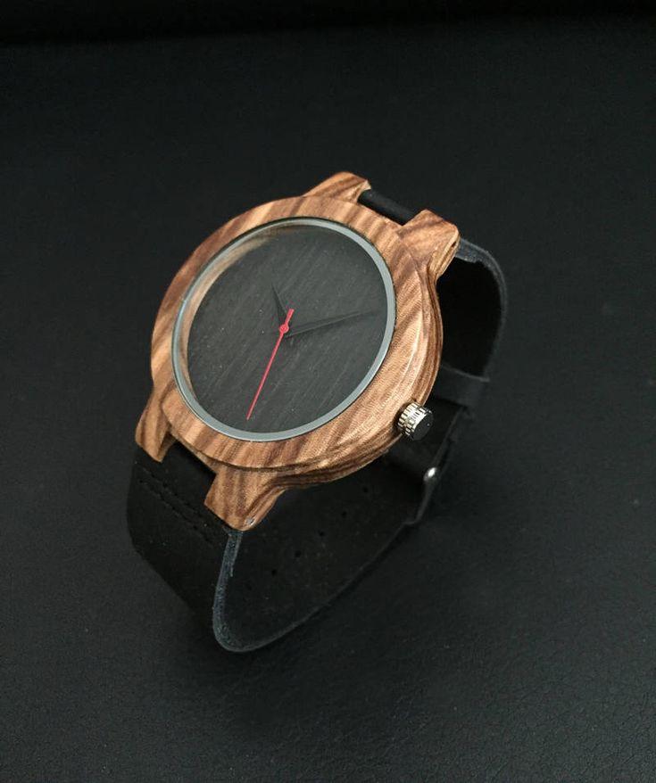 Montre bois a graver ,montre homme personnalisée,montre minimaliste,cadeaux bois,gravure gratuite de la boutique ImpulsionCreation sur Etsy